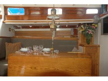 480_Dining-Table-2