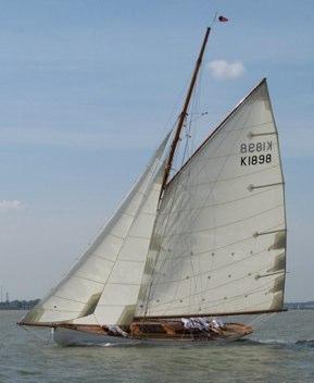 Kismet under sail