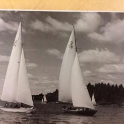 Moana and Itaka racing from Waxholm to Sandhamn, 1942