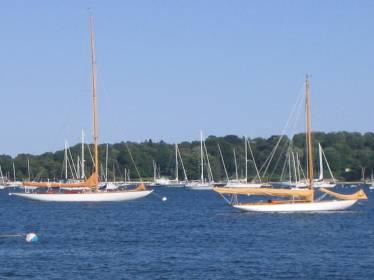 Onawa & Cara Mia at anchor