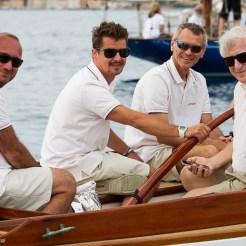 Patrizio Bertelli, Owner of Luna Rossa and Max Sirena, skipper di Luna Rossa with the rest of the crew of Linnet