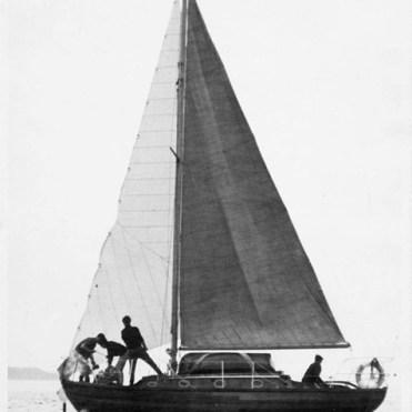 Shemdra - Craig Race Start - 1966 smaller & corrected