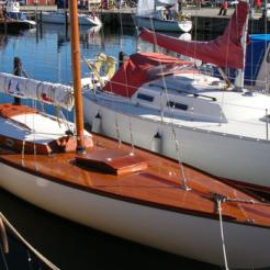 Honky Tonk moored