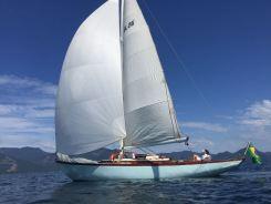 Cangrejo sailing