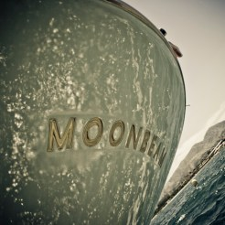 Moonbeam IV stern