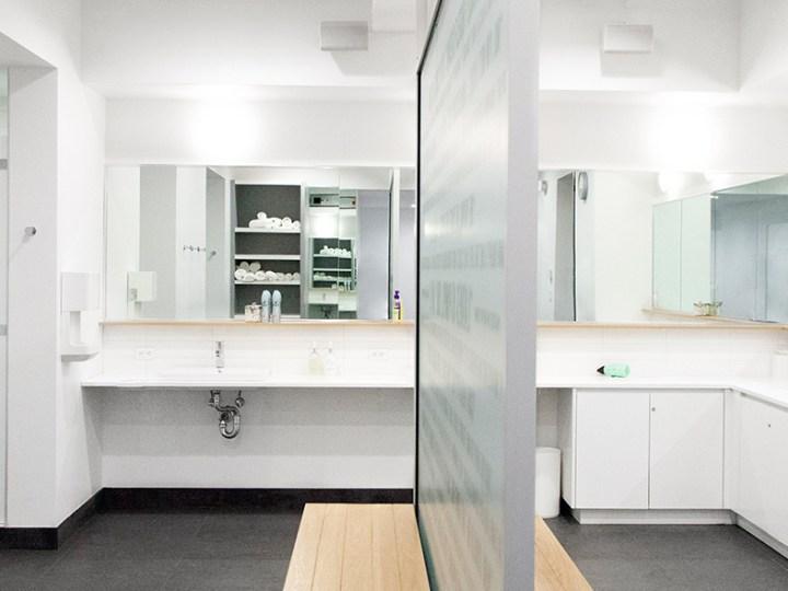 locker-room-showers
