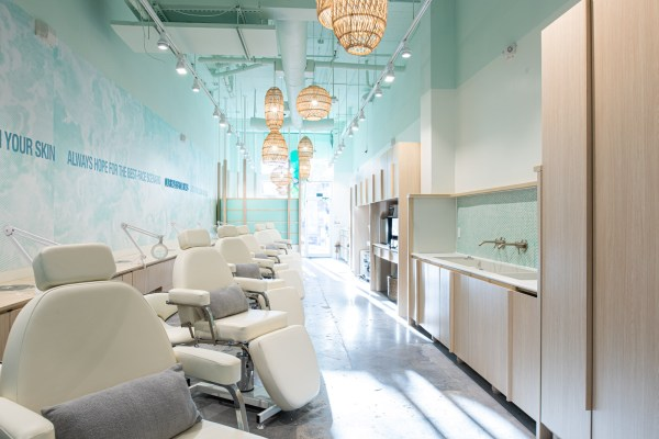 How to Clean Your Salon