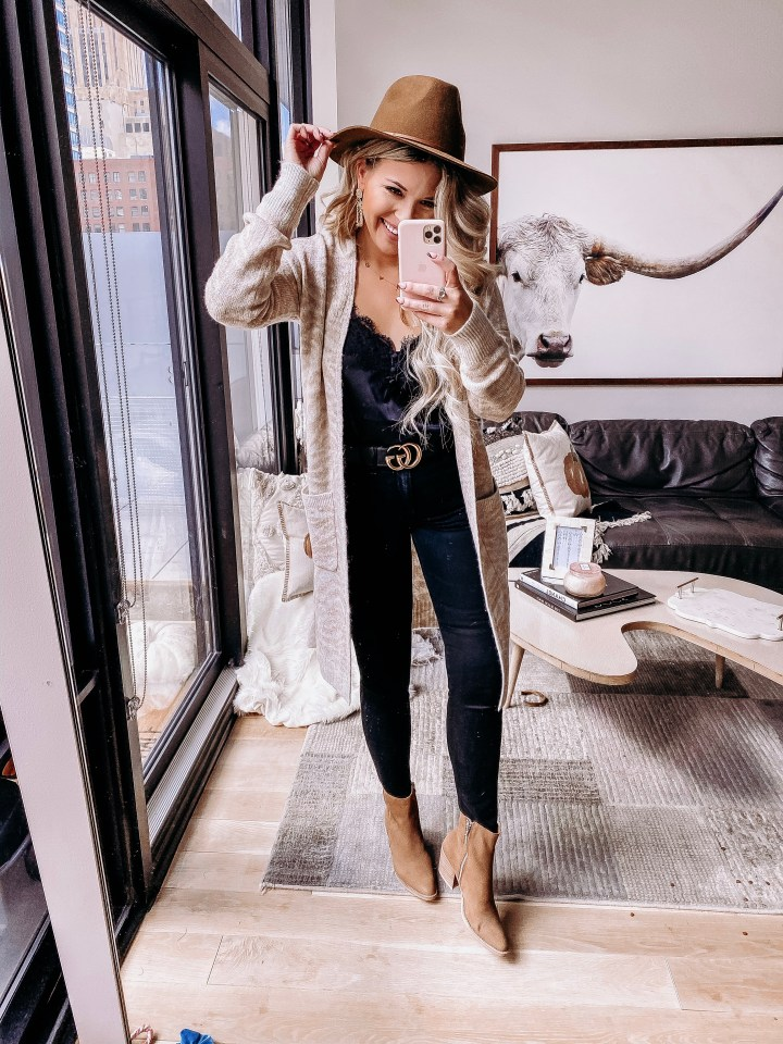 Columbus Day Weekend Sales | Style blogger Emerson Hannon of Classycleanchic shares Columbus Day Weekend Sales + Weekly Round Up