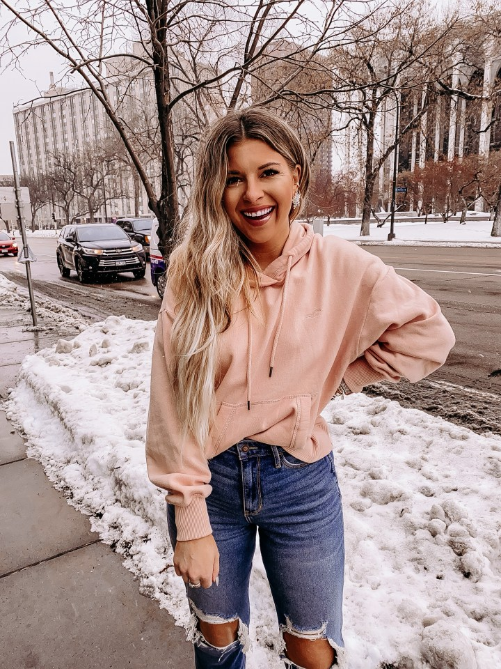 Best deal this weekend! | Style blogger Emerson Hannon of Classycleanchic shares Best Deal This Weekend: Hollister 2 for $50!