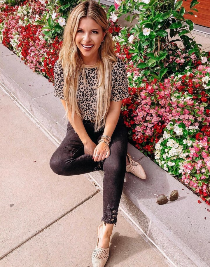 Best Summer Mules   Style blogger Emerson Hannon of Classycleanchic shares Best Summer Mules