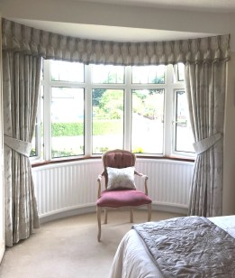 Bay Window_Curtains_Valance_01