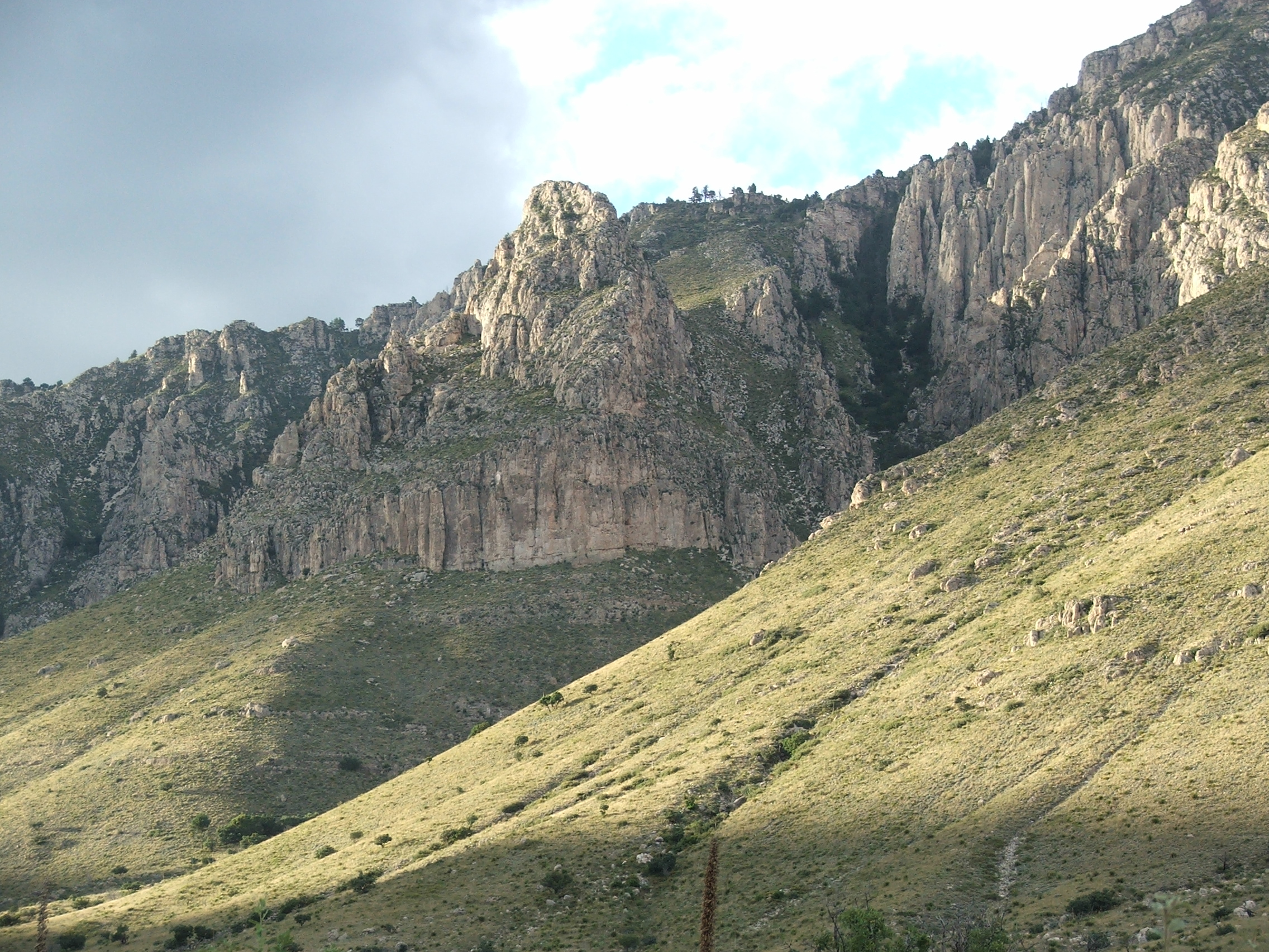 Pine Spring Canyon, Guadalupe Mountains, west Texas (© 2009 clasticdetritus.com)