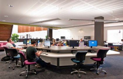 Computer workstation pod