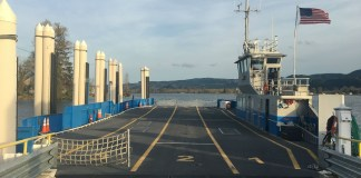 Wahkiakum Ferry 6 Loading