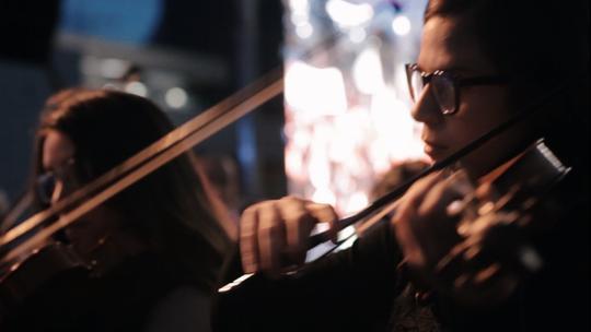 Los músicos venezolanos exiliados tienen un refugio en Bogotá: la Orquesta Sinfónica Juvenil