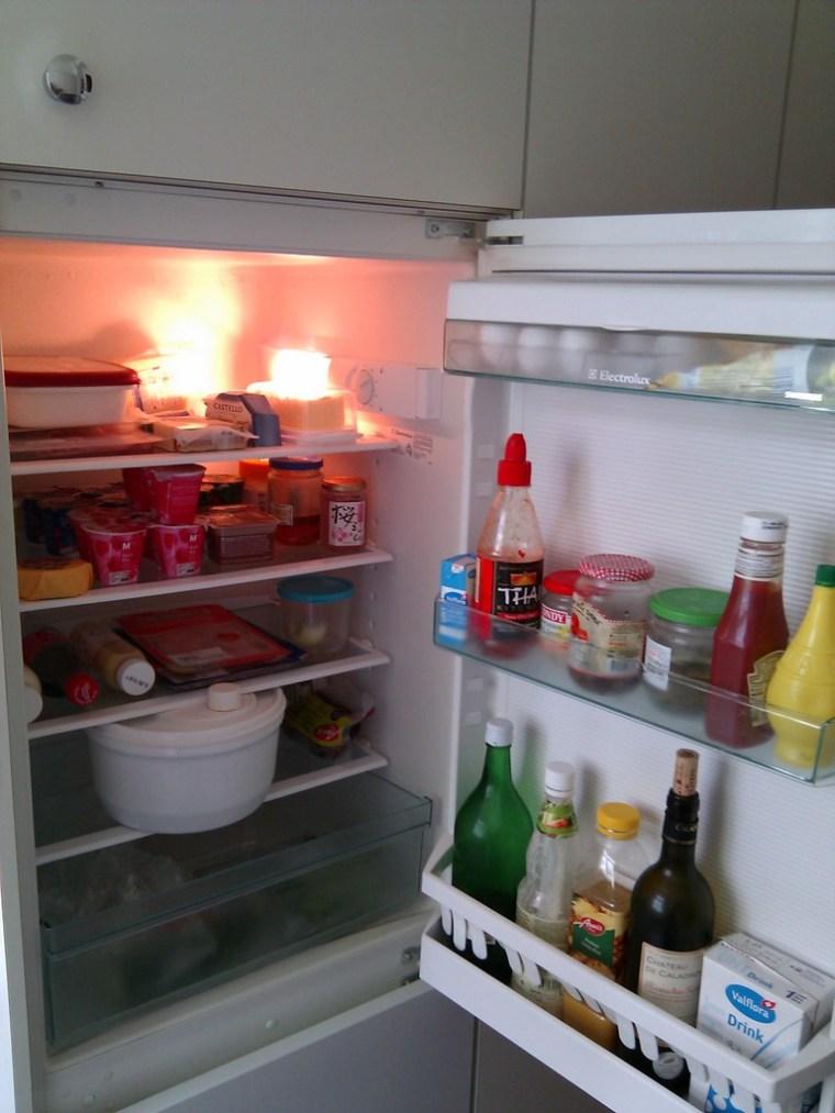Kühlschrank offen