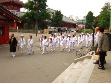 Pélérinage au temple bouddhiste Hondo-ji (Asakusa, Tokyo)