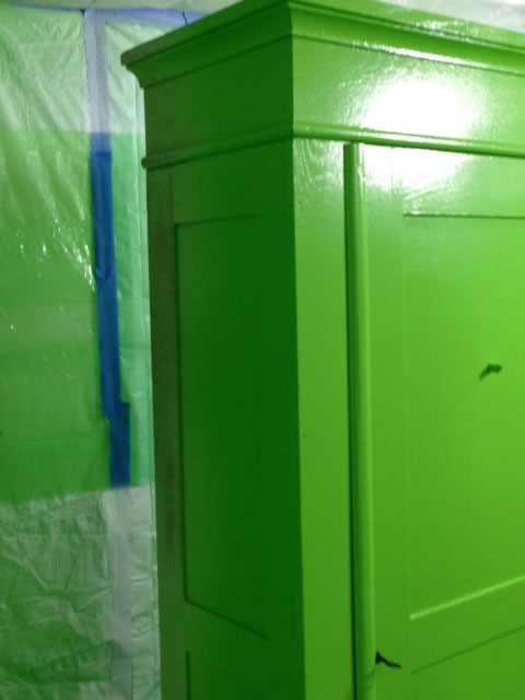 closetGreenDetail