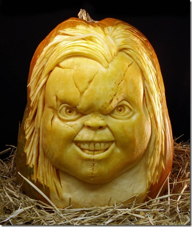 most-amazing-pumpkin-carving-ray-villafane-2
