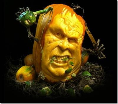 most-amazing-pumpkin-carving-ray-villafane-5