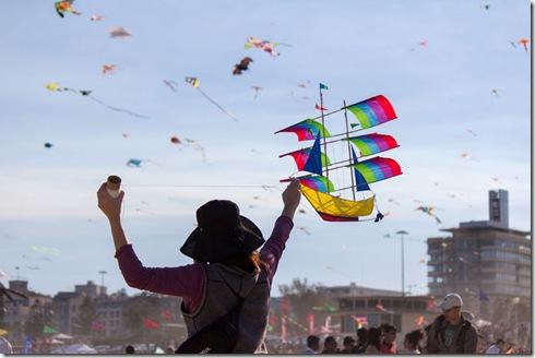 bondi-beach-festival-of-the-winds-2012-australia