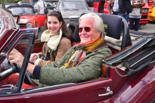 Claus Hagenbeck im Jaguar XK 14=DHC (Bj 1954) mit Enkelin Charlotte Auto Wichert Classic 2015 – Oldtimer Rallye für den guten Zweck | photo(c)MartinBrinckmann