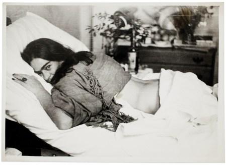 Frida, fotografata da Nickolas Muray, 1946 (©Frida Kahlo Museum)