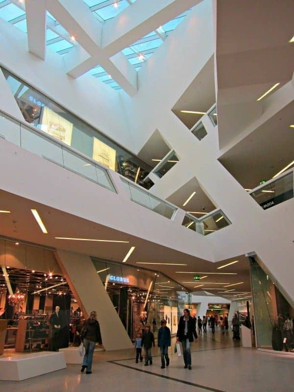 We don't go to Europe to visit a mall. But the Westside Bern Mall is an architectural wonder that also includes the must-see BernAqua Adventure Pool & Spa. (via thetravellingmom.ca)