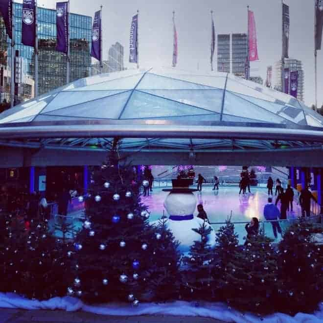 Every busy mom deserves a break at this time of year. Grab your BFF and follow these tips for a festive girls getaway in Vancouver at Christmas. (via thetravellingmom.ca)