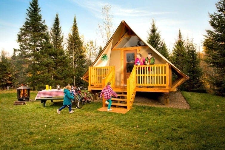 oTENTik camping in Banff