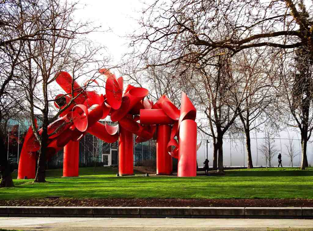 red sculpture in seattle