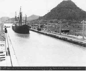 Panama canal 1913