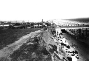 Belmont Pier dedicated Dec. 25, 1915