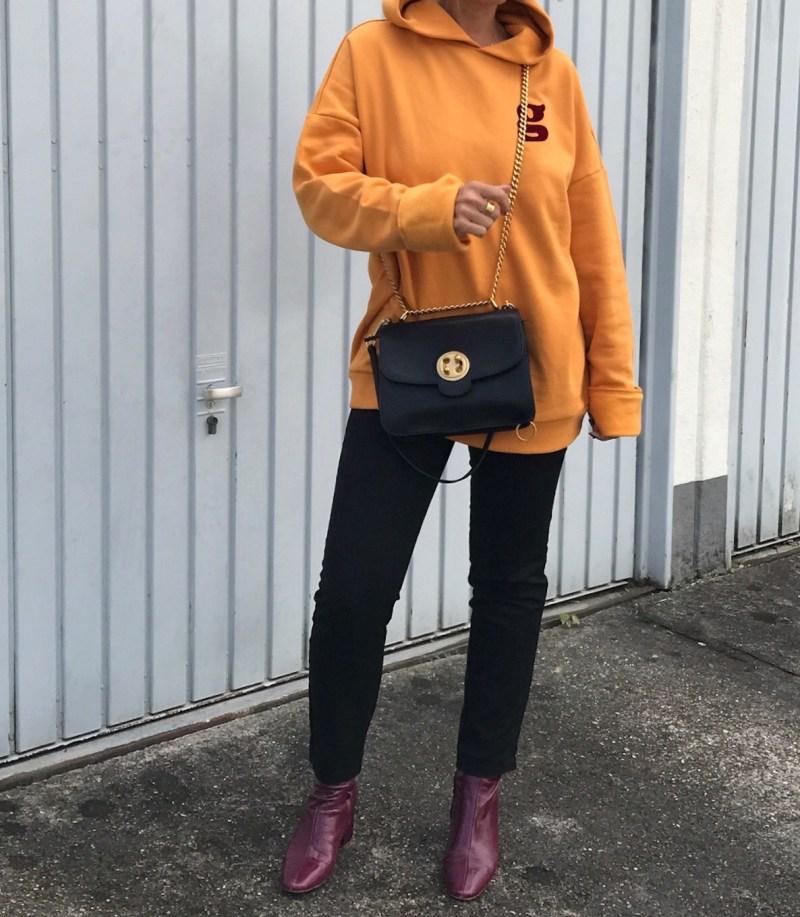 oversized hoodie - claudinesroom