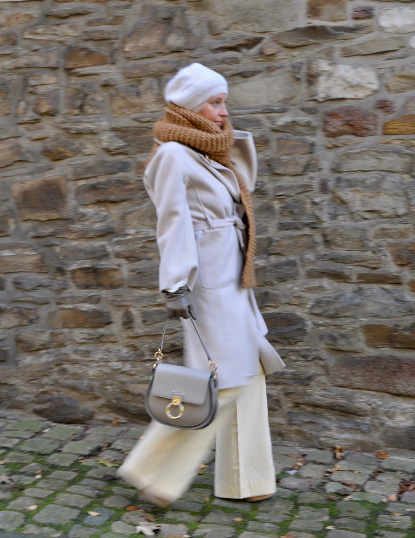 Winteroutfit in Creme