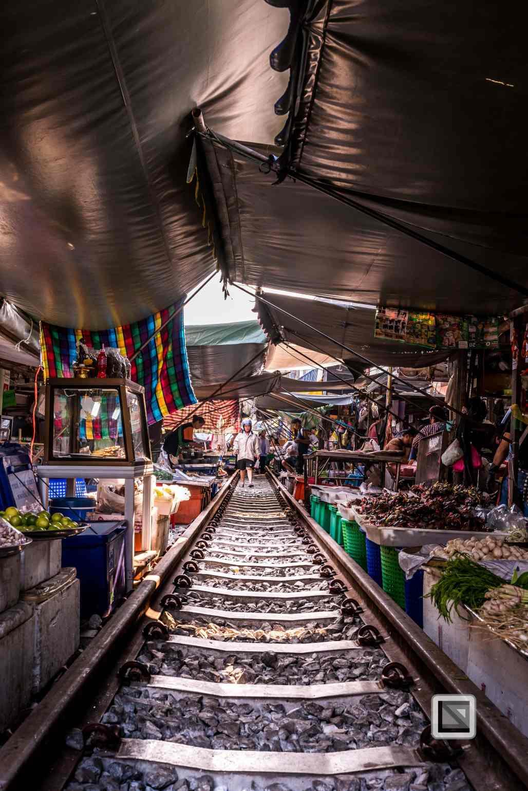 Maeklong Train Market Color-11
