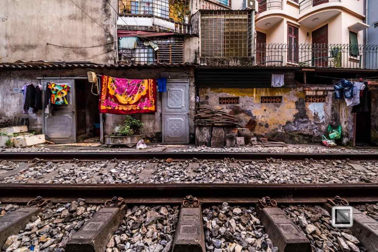 vietnam-hanoi-train_tracks-48-2