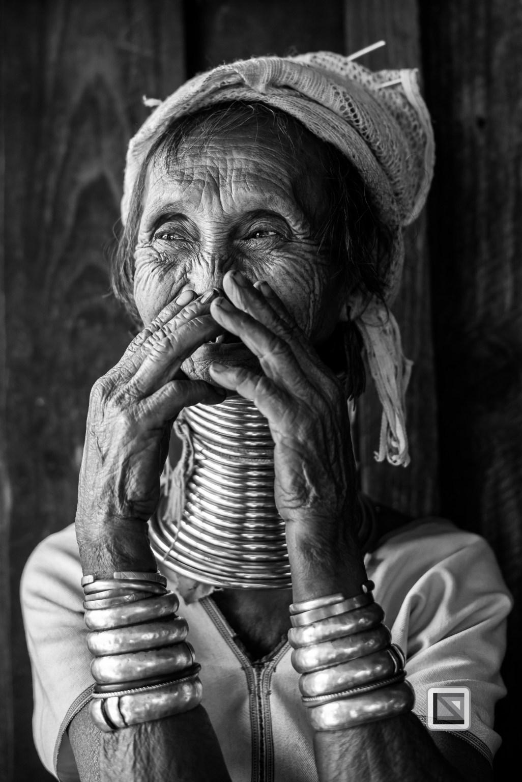 Padaung black n white portraits-40