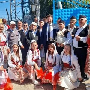 La inaugurarea unei școli cu predare în limba română și dialectul aromân din Selenița (Albania)
