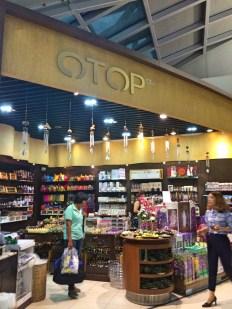 Lojas mais barata - aeroportoPhoto by Claudia Grunow