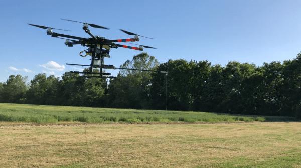 Dronesprayer flight