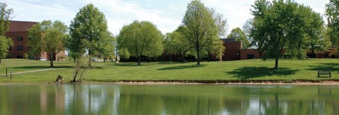 IUS Campus - pond