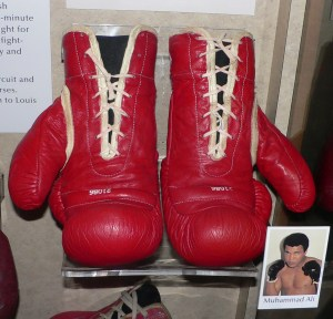 Muhammad_Ali's_boxing_gloves