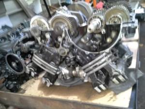Un moteur de V-Max ouvert, vous ne verrez pas ça tous les jours...
