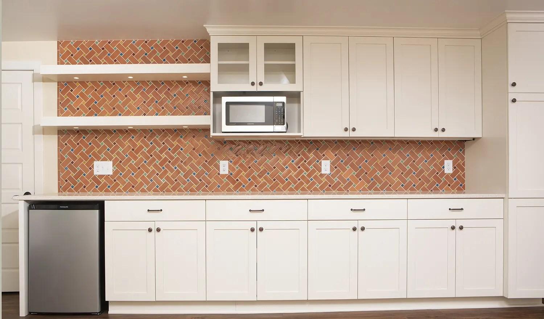mid century modern basketweave tile kitchen backsplash