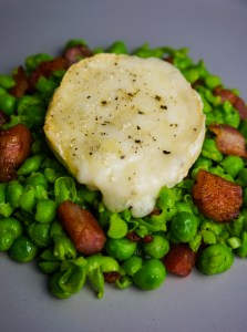 Baked Goats cheese, pea & pancetta salad