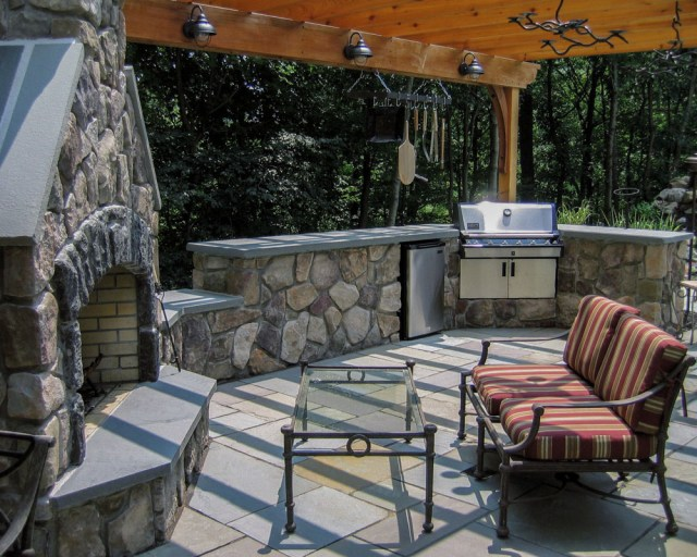 outdoor kitchens - clc landscape design