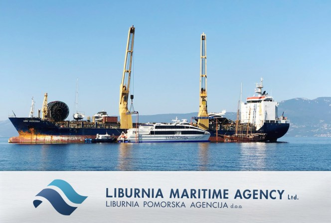 Liburnia-discharging-a-40m-long-Catamaran