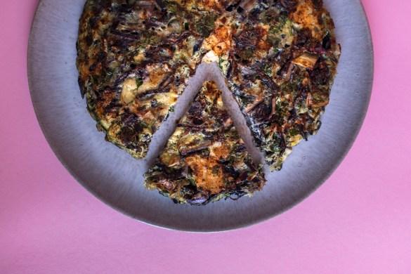 Rotkraut Omelett mit Bergkäse