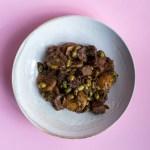 Jackfrucht Curry mit Kartoffeln und Edamame